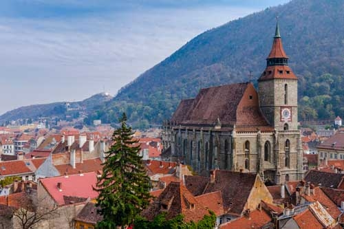 Amazing-Castles-of-Transylvania-Black-Church