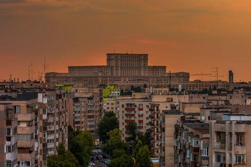 Parliament-Palace-and-communism-neighborhood