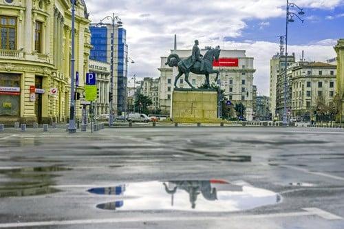 King-Carol-statue